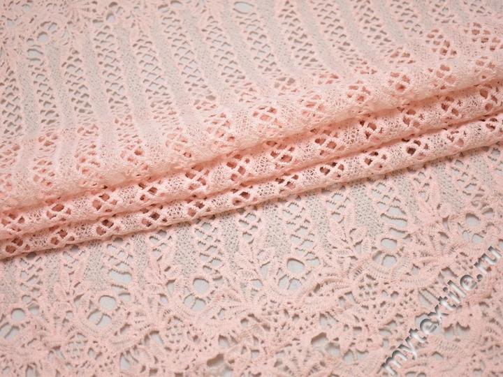 Кружево розовое полиэстер геометрия листья БА557