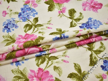 Хлопок белого цвета розовые синие цветы ББ19