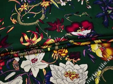 Плательная зеленая ткань цветы полиэстер ББ29