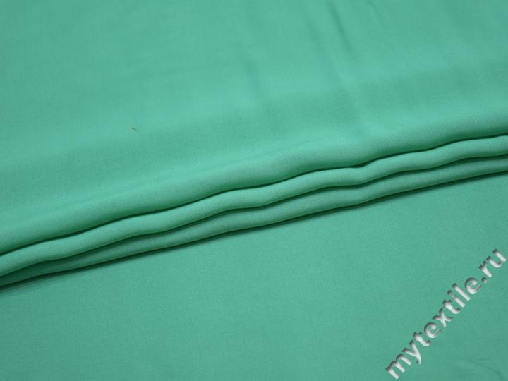 Штапель зеленого цвета вискоза БГ450
