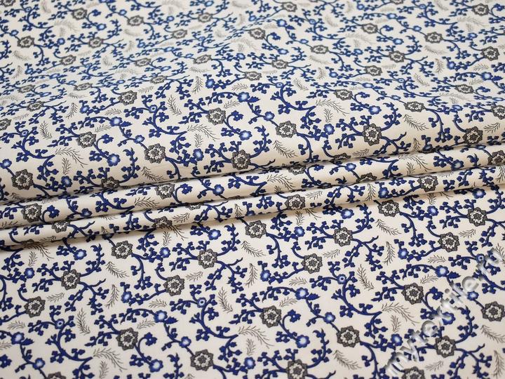 Рубашечная белая синяя ткань цветы хлопок эластан ЕА342