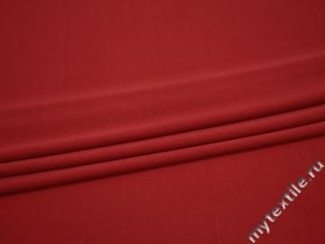 Вискоза красного цвета БЕ666